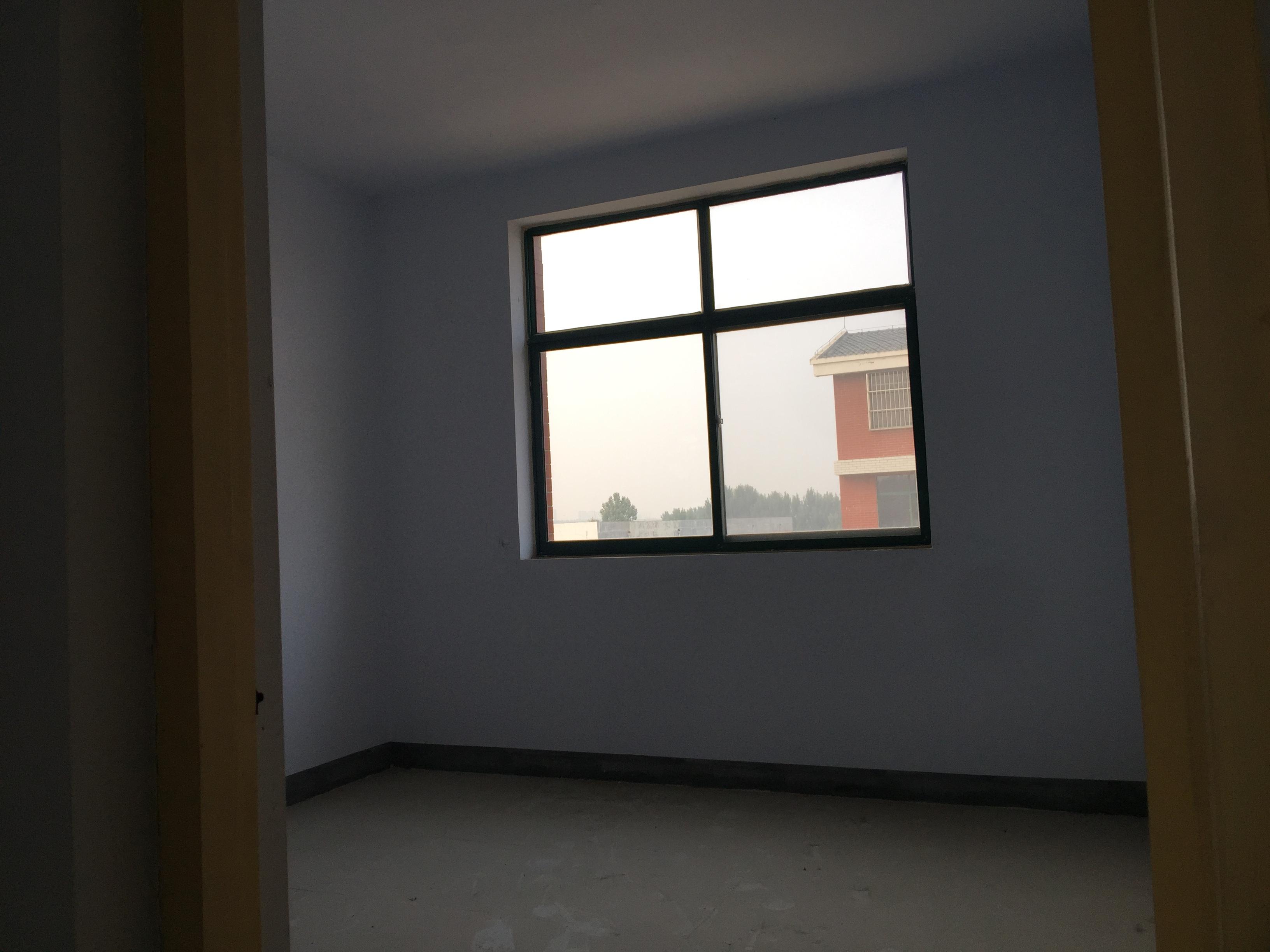 肥城二中西邻 大三居带车库 28万